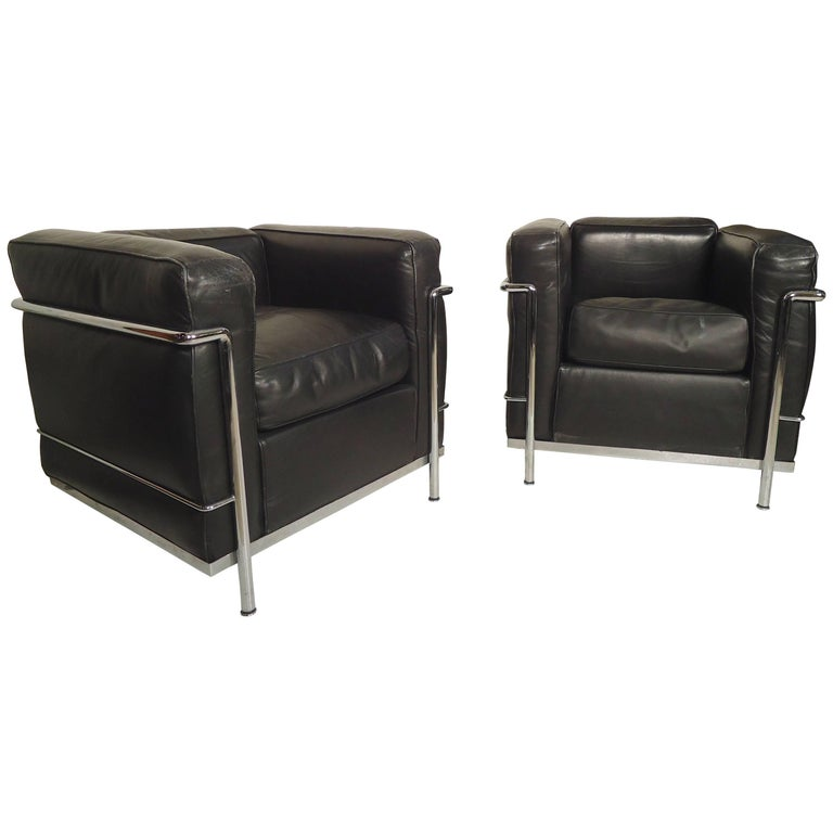 Le Corbusier Lounge Chairs by Cassina For Sale at 1stdibs