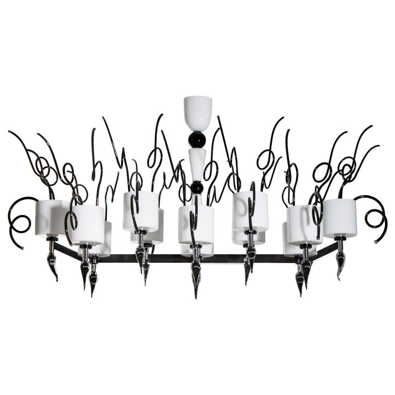 Curly Chandelier black and white in blown Murano Glass contemporary Italy For Sale