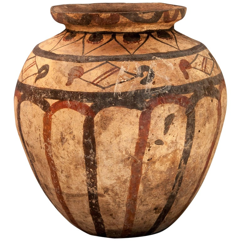 Earthenware Pot with Painted Design Mid-20th Century, Molucca Islands, Indonesia