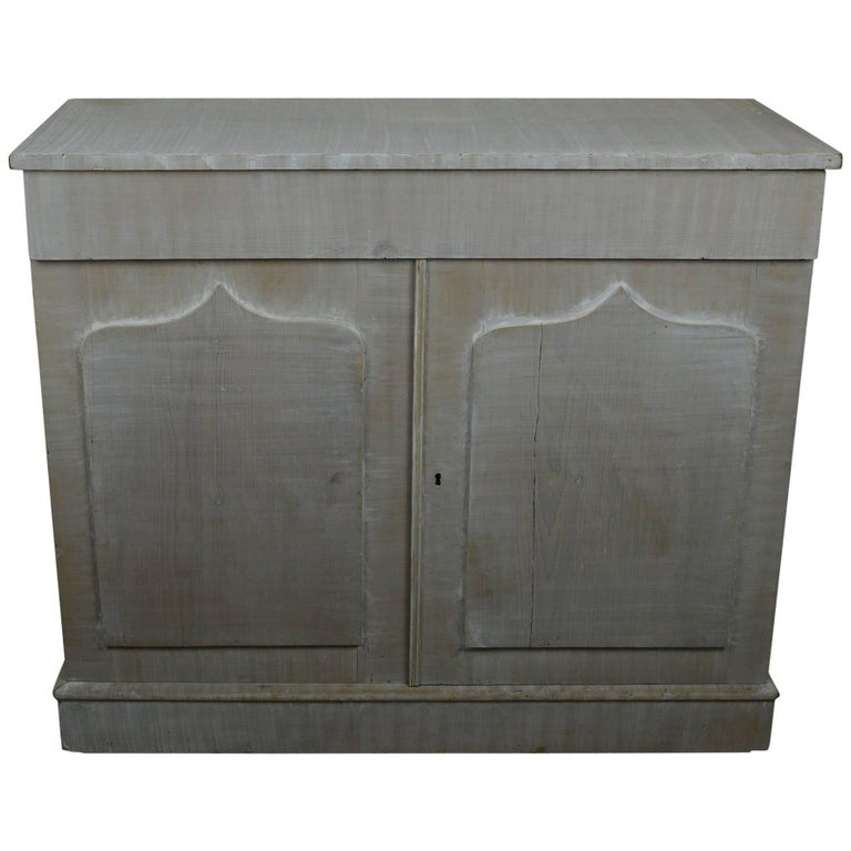 Antique White Painted Cupboard or Buffet, English 19th Century For Sale