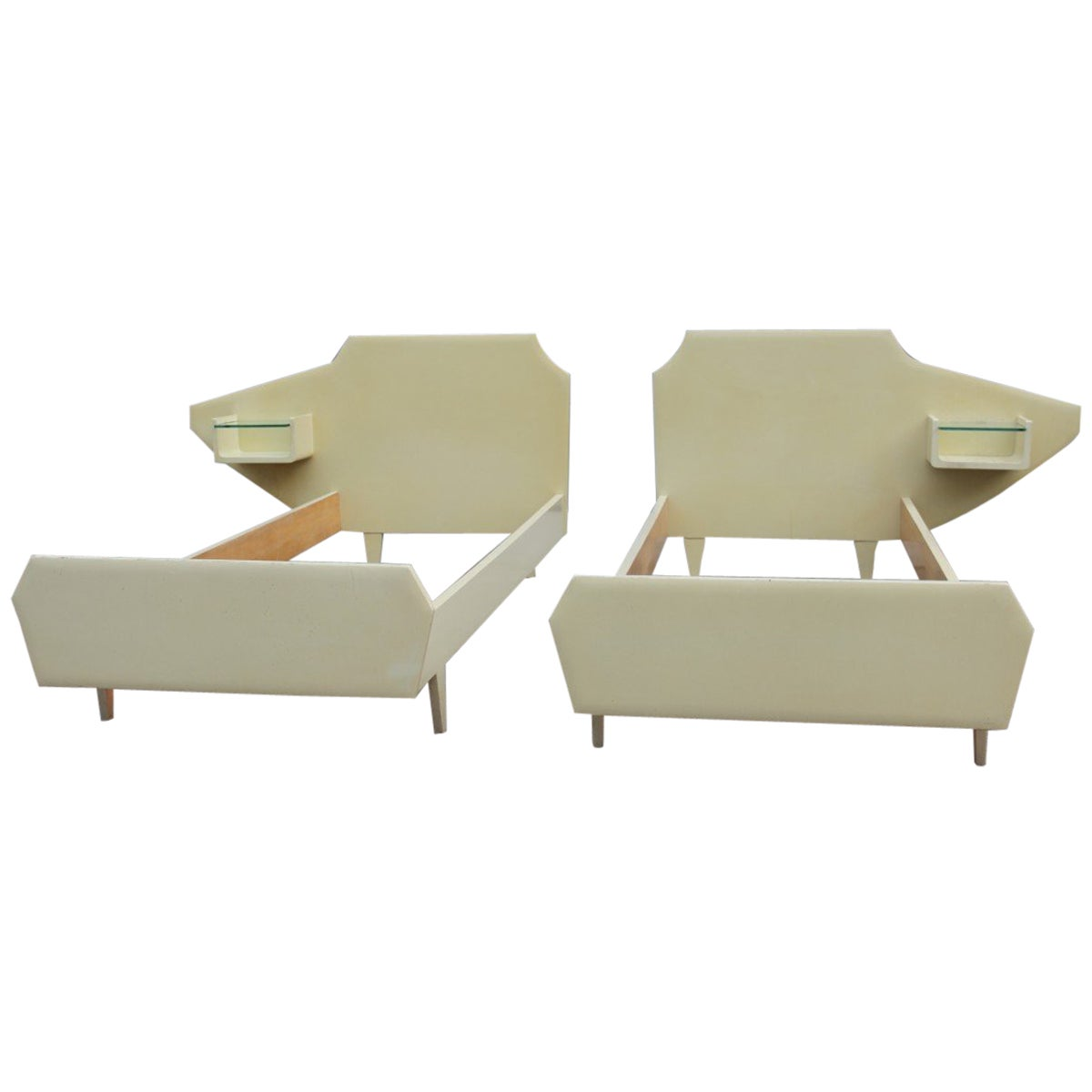 Pair of Italian Single Beds Design Dassi Wood Lacquered Mid century Modern