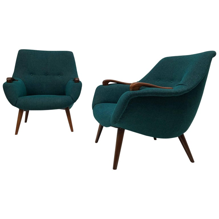 Scandinavian Lady and Senior Easy Chairs with New De Ploeg Steppe Upholstery  For Sale