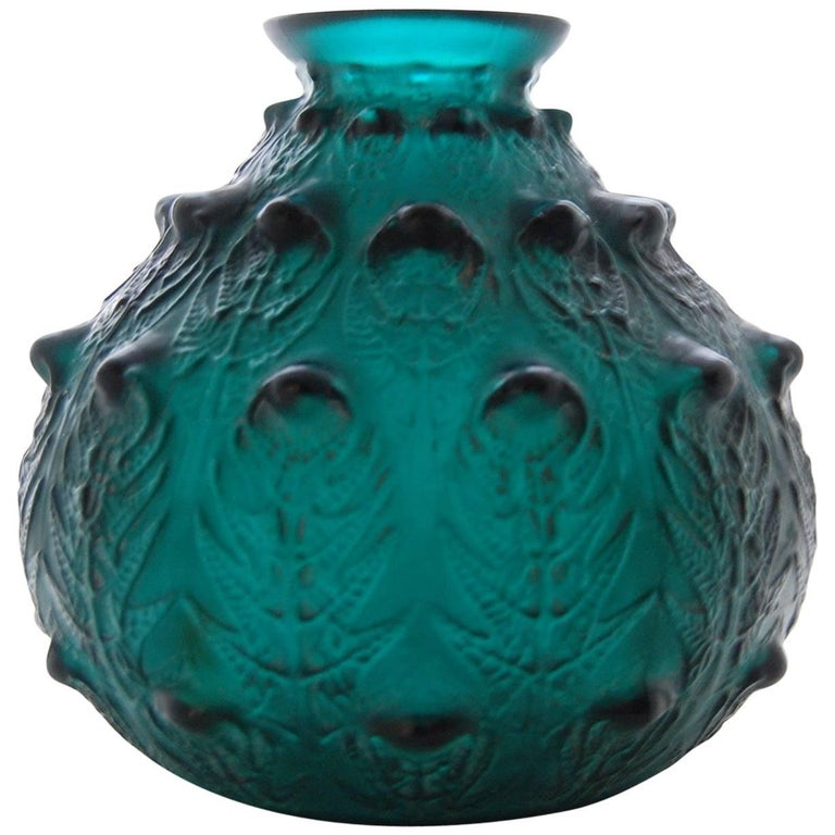 Fine Deepgreen Vase 'Fougeres' by R. Lalique 1