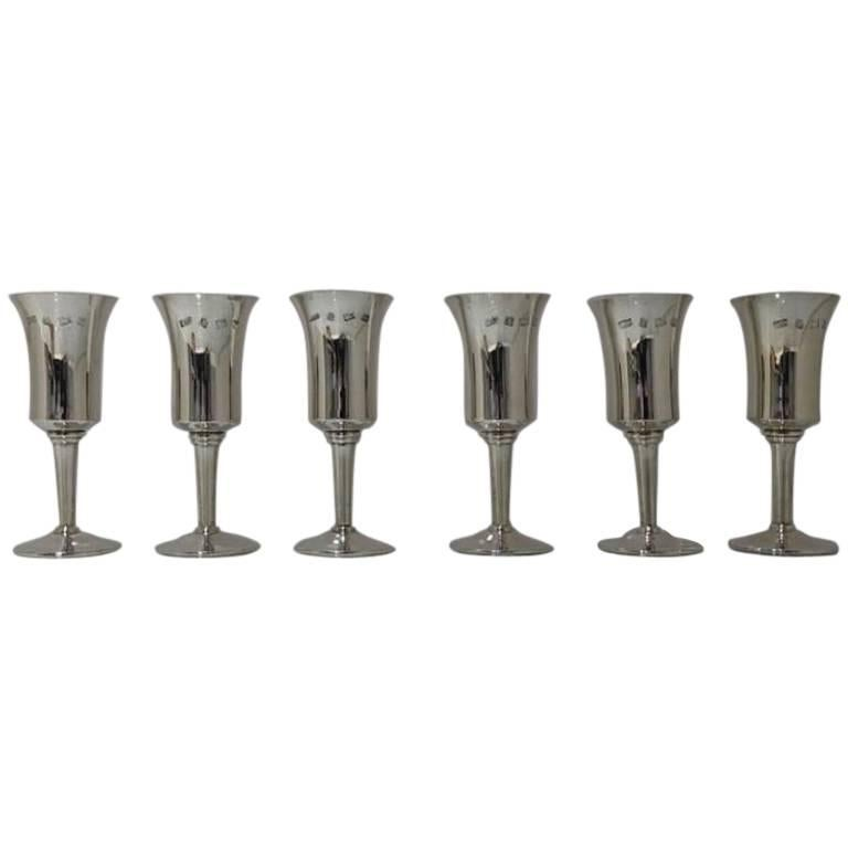 Six Modern Sterling Silver Champagne Flutes Toye, Kenning & Spencer