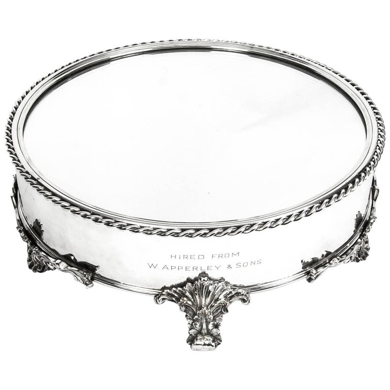Antique English Silver Plated Cake Stand Elkington 19th Century For Sale