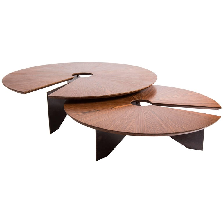 Lena Coffee Table, Size Medium, Minimalist and Modern Style For Sale