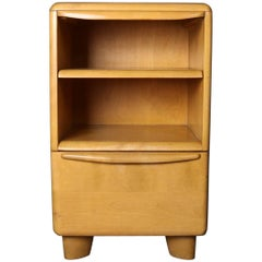 Mid-Century Modern Heywood Wakefield Encore End Stand in Wheat, Mid-20th Century