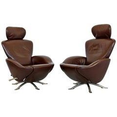 Mid-Century Modern Brown Leather Pair of Dodo Cassina Reclining Lounge Chairs