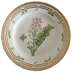 Royal Copenhagen Flora Danica Luncheon Plate No. 622