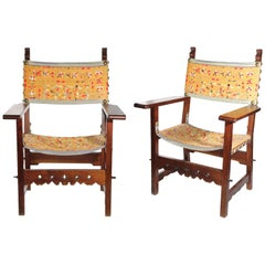 18th Century Pair of Spanish 'Fraileros' Wallnut Chairs
