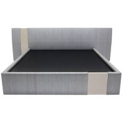 Nocturnal Bed Upholstered frame with two lacquer cuts
