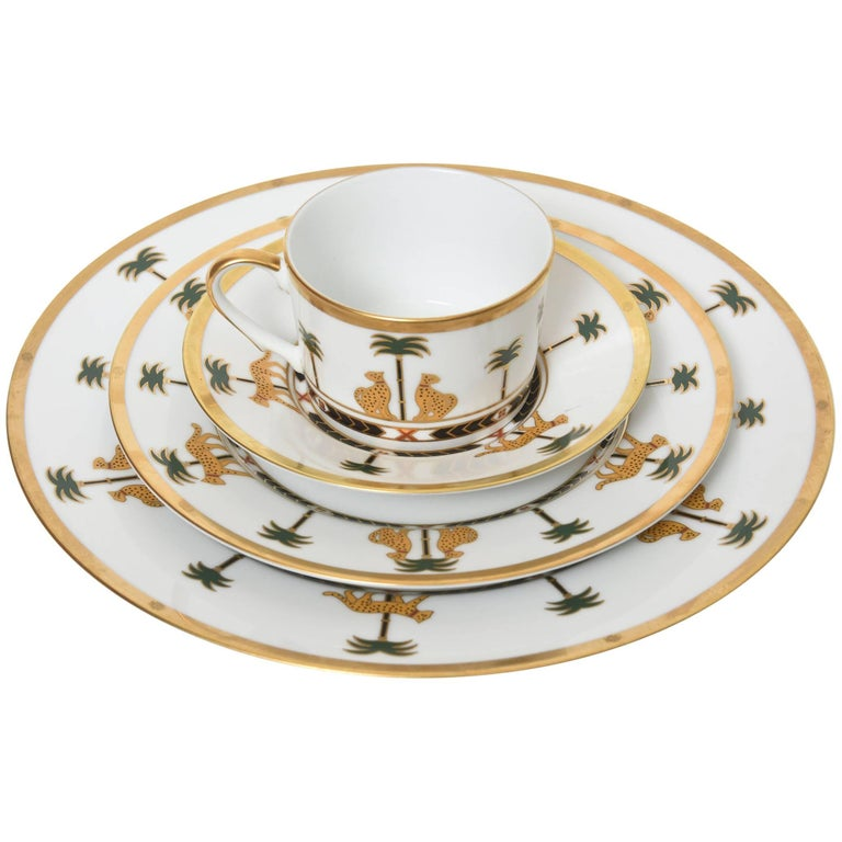 Casablanca China Set by Christian Dior Fou-Piece Place Setting ...