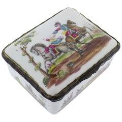 Antike Französische oder Deutsche Porzellan-Schnupftabakdose mit Handbemalten Militärszenen