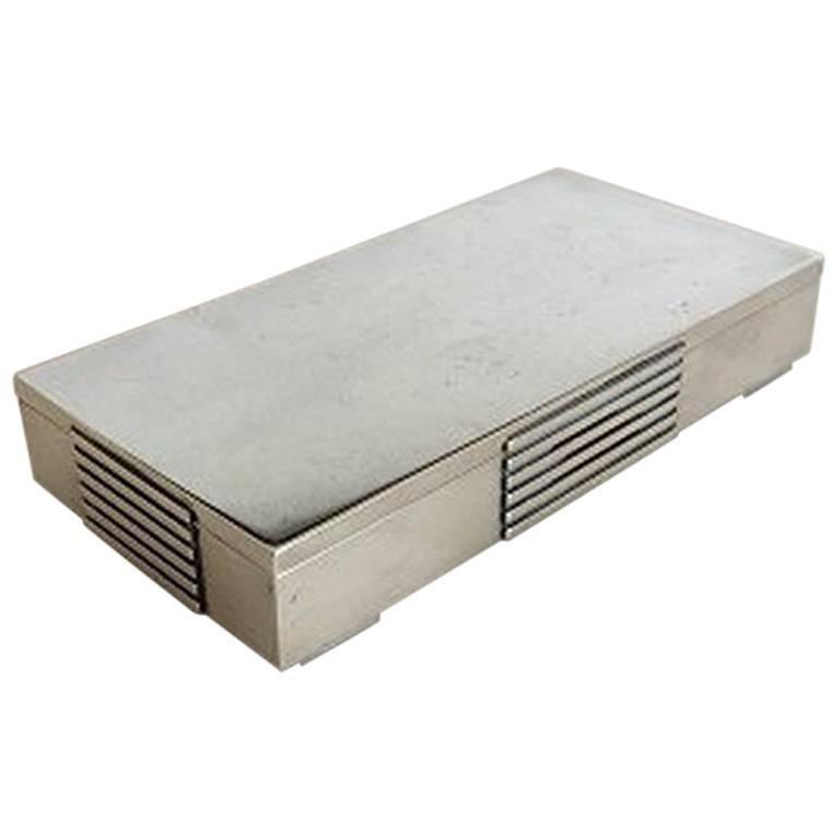 georg jensen sterling silver art deco box 857 designed by jorgen jensen at 1stdibs. Black Bedroom Furniture Sets. Home Design Ideas