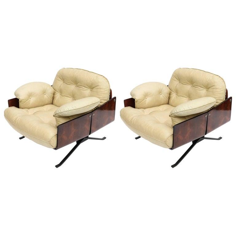 Brazilian Jacaranda 1960s Novo Rumo Lounge Chairs For Sale