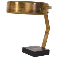 Mid-Century Modern Italian Table Lamp in Sculptural Brass Shape