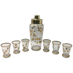 Mid-Century Modern Set of Cocktail Shaker and Glasses