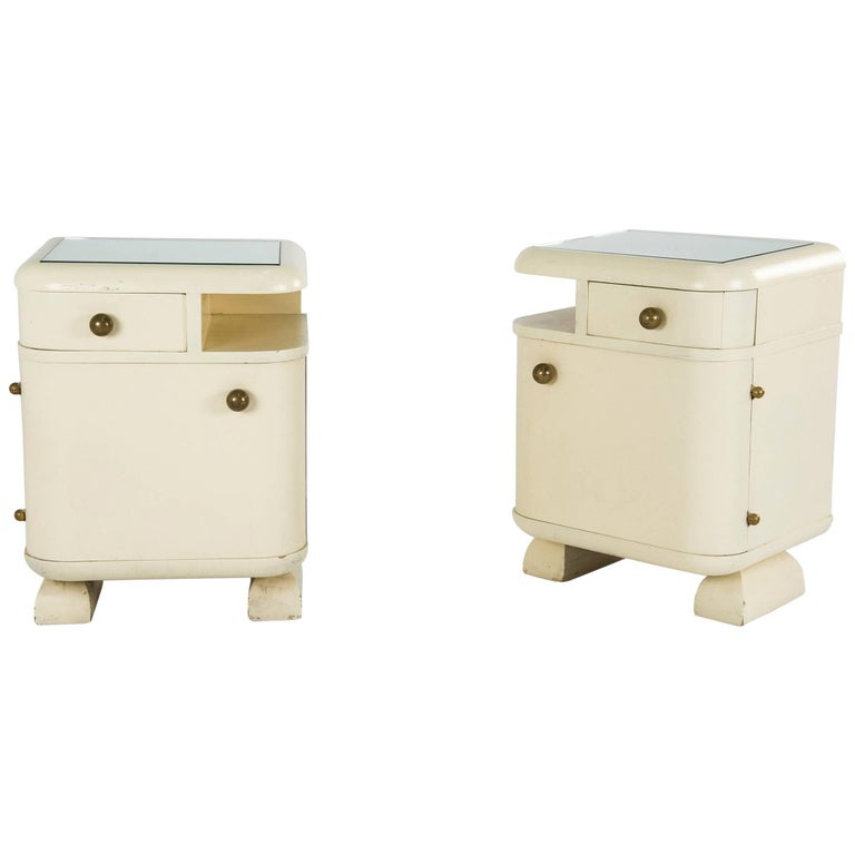 Pair of Art Deco Nightstands, Italy, 1930s