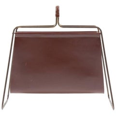 Magazine Stand in Leather