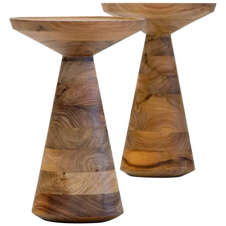 Tourner Side Table in Walnut Hardwood