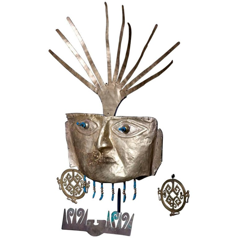 Pre-Columbian Funerary Gold Mask with Royal Turquoise Beads in its Eyes  For Sale