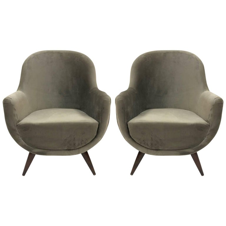 Pair of Gray Mid-Century Modern Italian Style Lounge Chairs