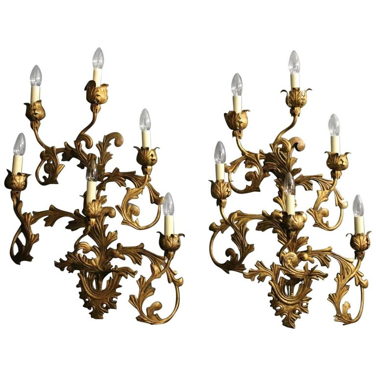 Florentine Large Pair of Gilded Six-Arm Leaf Wall Lights For Sale