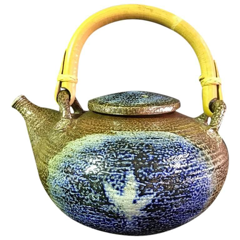 Beautiful Otto and Vivika Heino Hand Thrown Ceramic Teapot