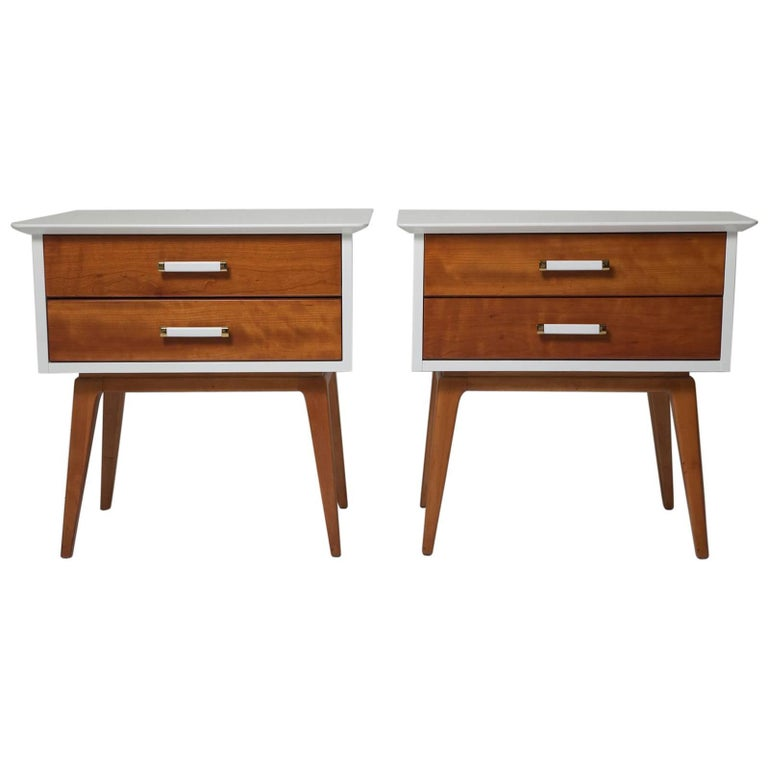 Pair of 1950s Cherrywood Nightstands by Renzo Rutili for Johnson Brothers For Sale