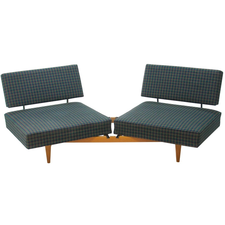 knoll 39 stella 39 convertible sofa daybed by walter knoll 1960s for sale at 1stdibs. Black Bedroom Furniture Sets. Home Design Ideas