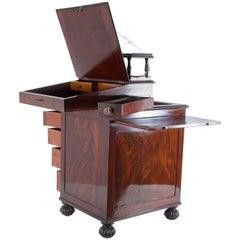 19th century English Late Regency Period Davenport Desk Mahagony