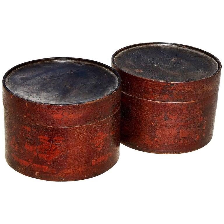 Pair of Antique Round Boxes For Sale