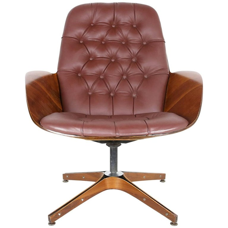 George Mulhauser Plycraft Swivel Lounge Chair For Sale At