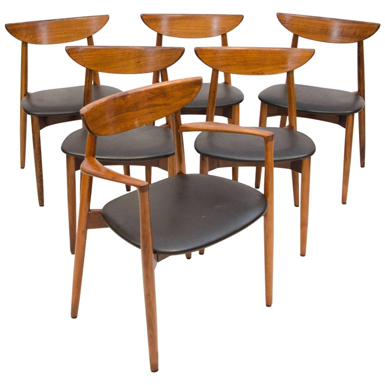 Set of Six Danish Walnut Dining Chairs, Harry Ostergaard, Moreddi For Sale