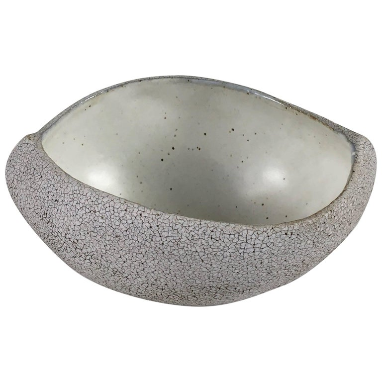 Contemporary Ceramic Boat Shaped Bowl No. 069 by Yumiko Kuga For Sale