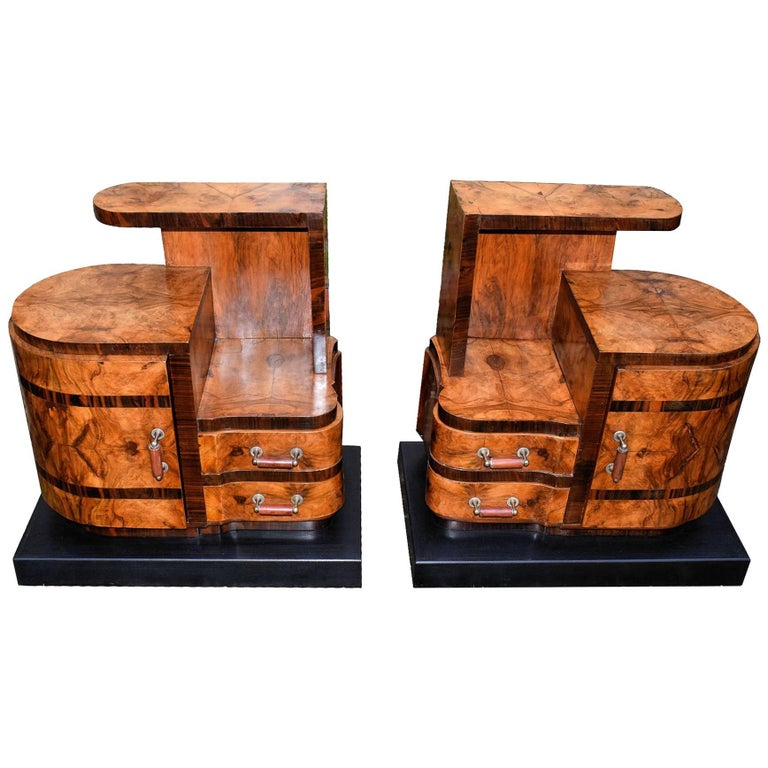 Art Deco Italian Pair of Matching Bedside Table Cabinets in Walnut