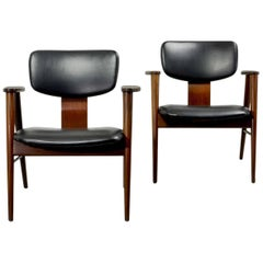 Excellent Pair of FT14 Lounge Chairs Designed by Cees Braakman for Pastoe, 1950s