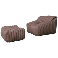 ligne roset tan leather couch by cinna two seat togo. Black Bedroom Furniture Sets. Home Design Ideas