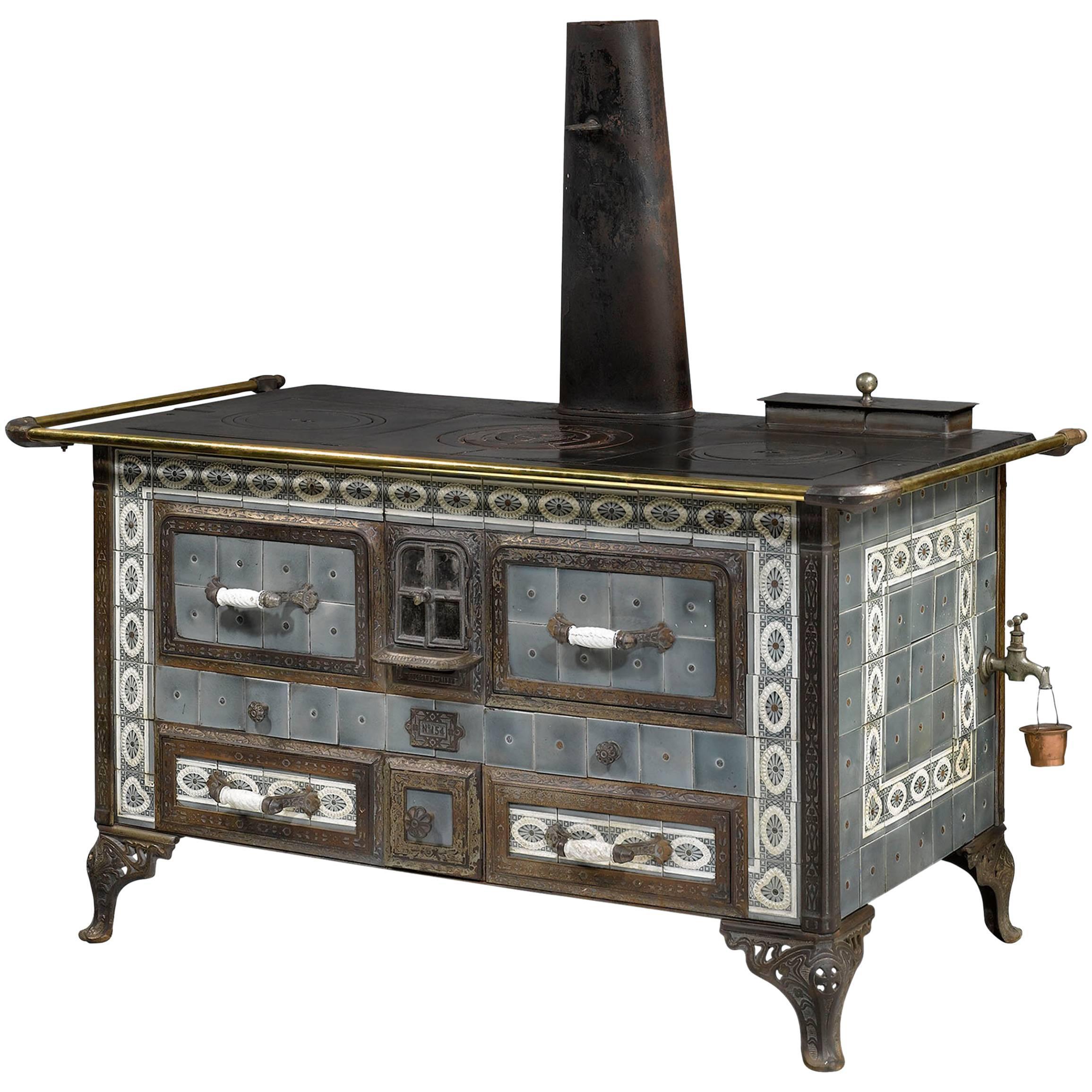 19th Century Sougland-Aisne Stored Heat Cook Stove