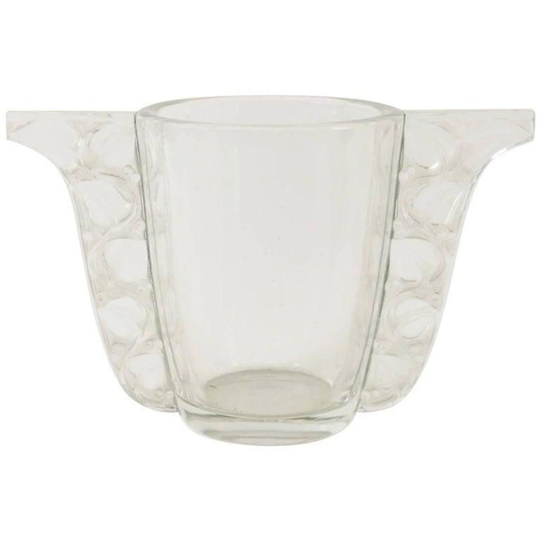 "Rene Lalique Vase"" Honfleur"" For Sale"