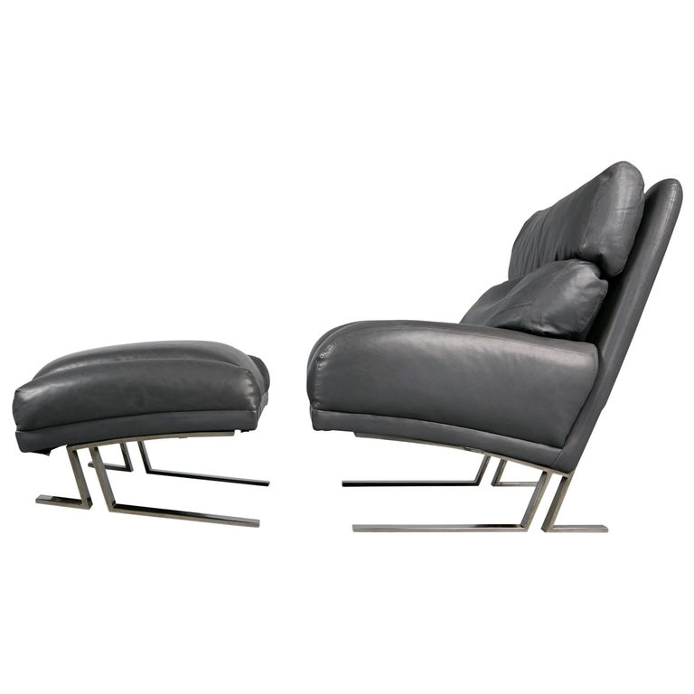 Milo Baughman Grey Leather Lounge Chair and Ottoman for Directional, circa 1970 For Sale