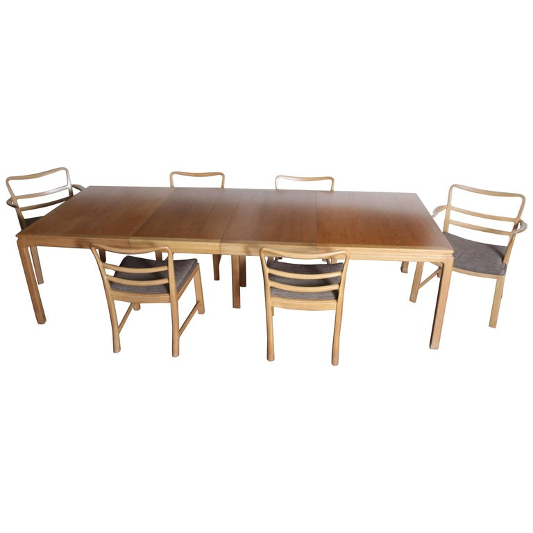 Edward Wormley Dunbar Mahogany Dining Table With Chairs Two Leaves Two Armchairs
