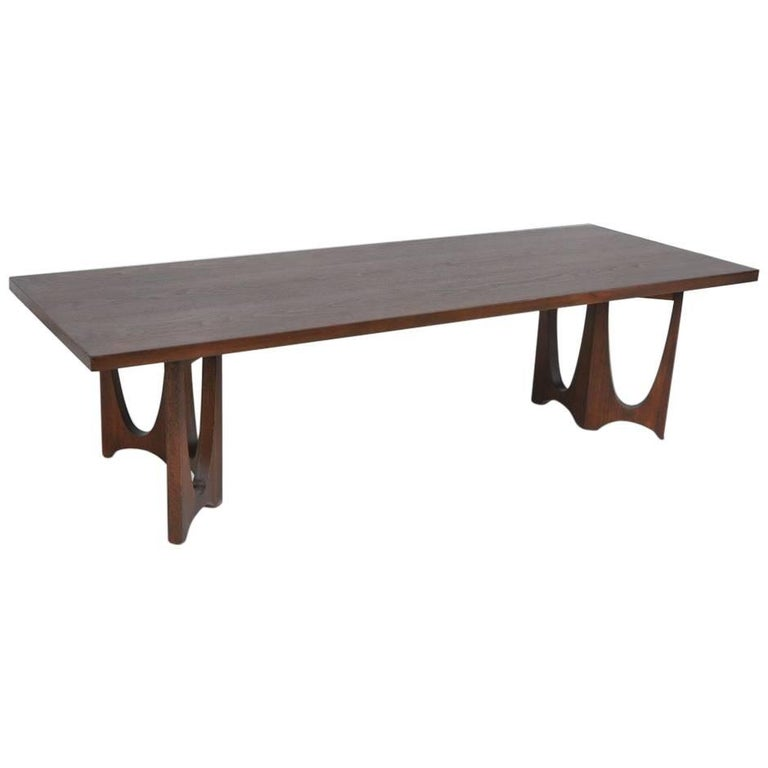 Broyhill Round Dining Table