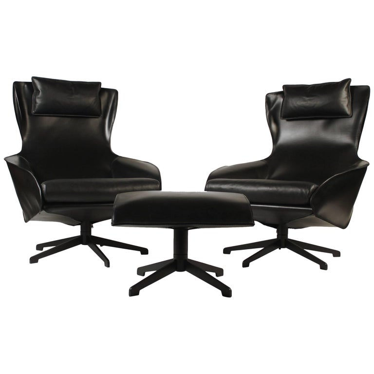 Pair of Mario Bellini Model 423 Cab Lounge Chairs with Swivel Ottoman by Cassina For Sale