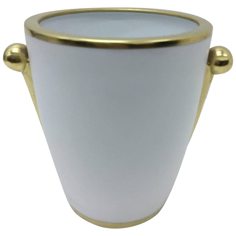 Richard Ginori Porcelain and Pure Gold Vase, circa 1980 For Sale