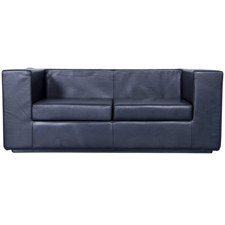 Zanotta throw away designer sofa black two seat couch for Where to throw away furniture