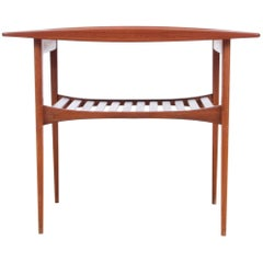Mid-Century Modern Side Table in Teak by Tove and Edvard Kindt-Larsen Model FD