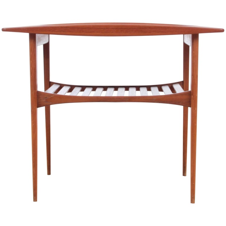 Mid-Century Modern Side Table in Teak by Tove and Edvard Kindt-Larsen Model FD