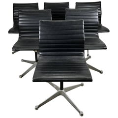 Set of Six Charles Eames Aluminium Group Chairs, Herman Miller