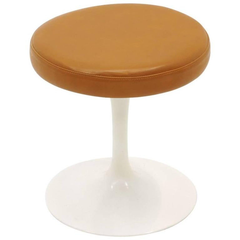 Eero Saarinen Stool for Knoll, Original Tan Vinyl and White Tulip Base